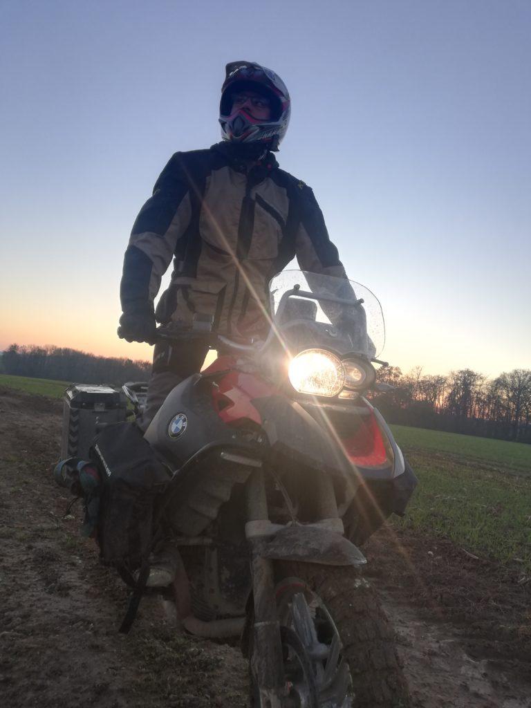 rando au soleil couchant
